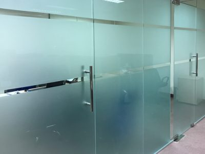 Comtel - Glass door and partition