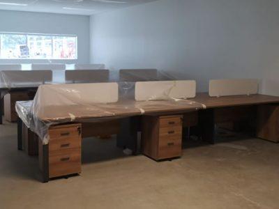 Kenyon Lvl 1 - DE Series System Furniture (Clusters of 6)