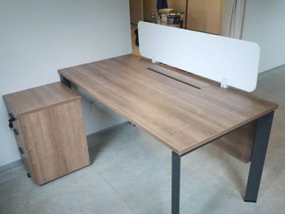 Kenyon Lvl 1 - DE Series System Furniture (Built-in modesty panel)