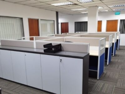 AEMP Pte Ltd - T40 Workstations with Customised Cabinets