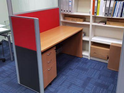 System Furniture Workstation with Mobile Pedestal