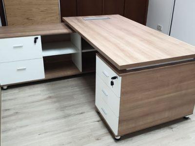 Hermes Abrasives - Nantes Director's Desk