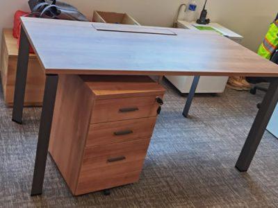 Kenyon - DE Series Free Standing Table