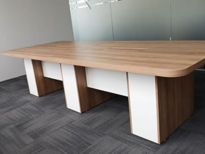 ONEPIP (Singapore) - Nantes Conference Table