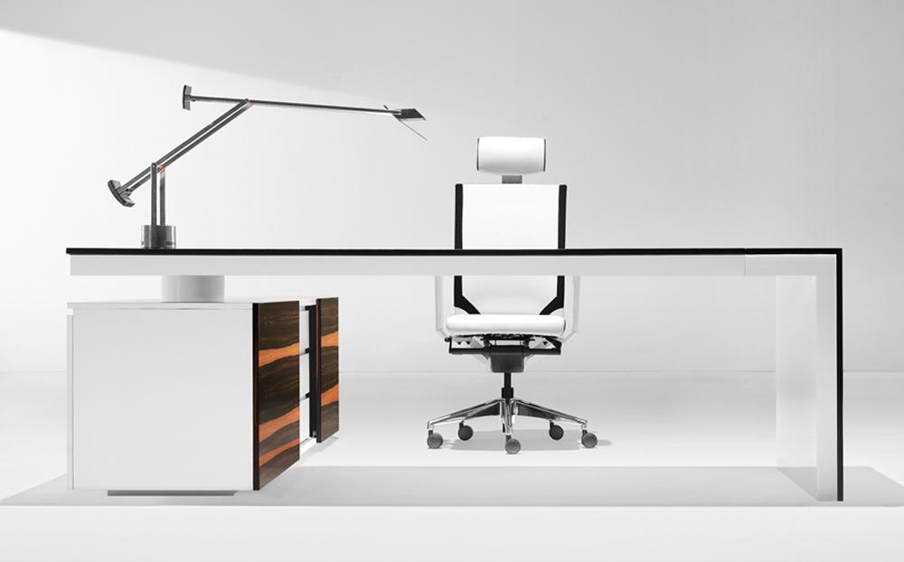a-series_directors-desk_1