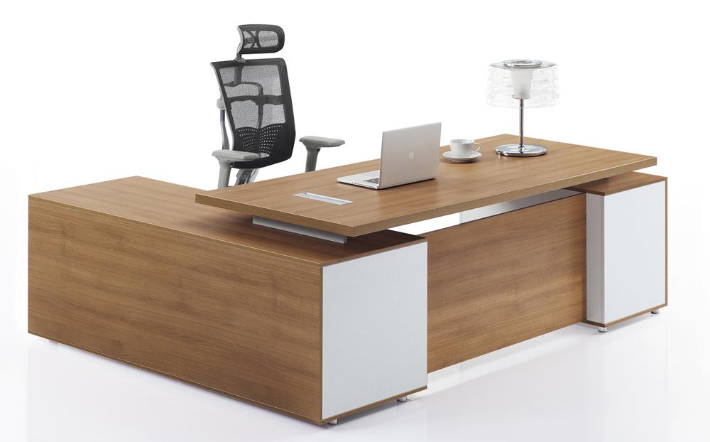 nantes_directors-desk_1