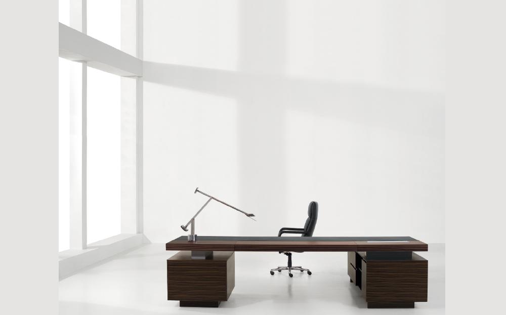 patton_directors-desk_3