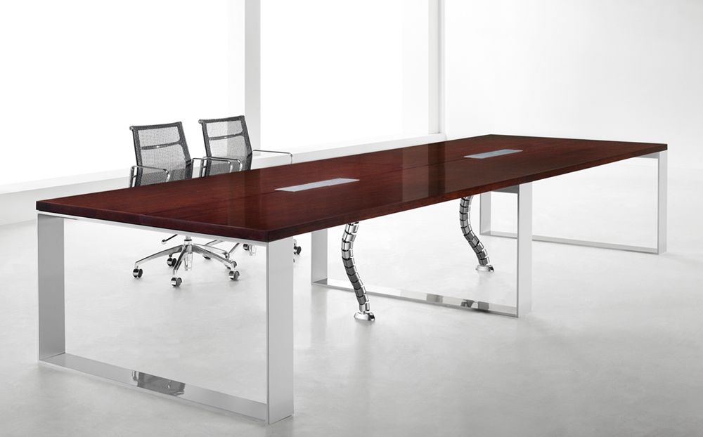 s3-series_conferencec-table_1