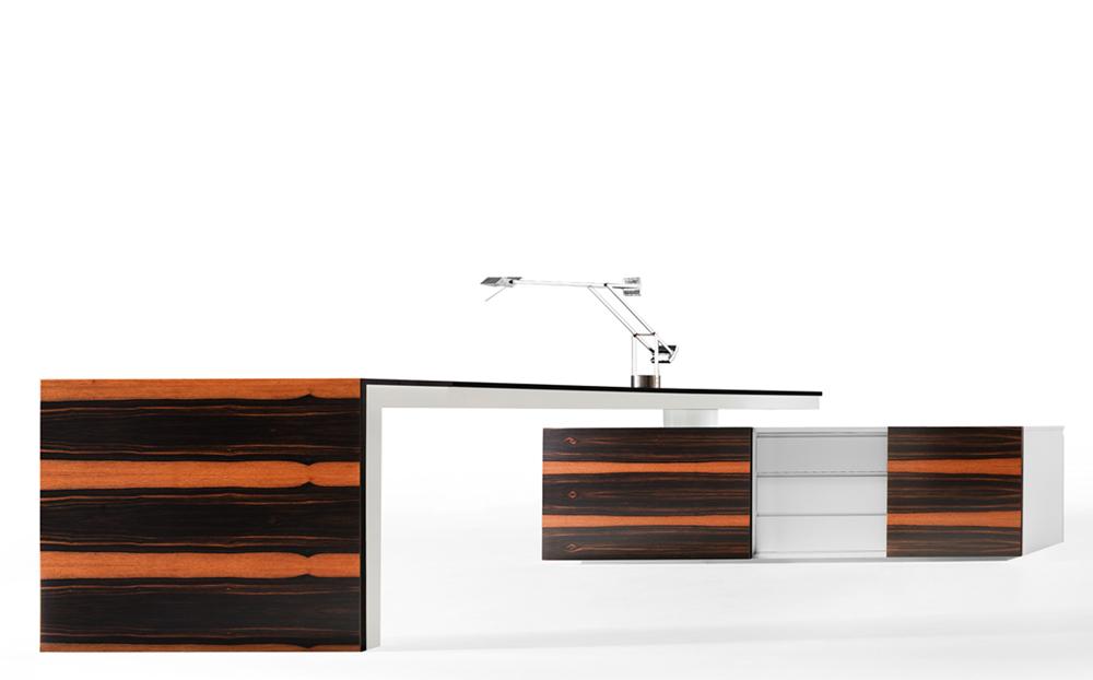 A-Series_Director's-Desk_offitek